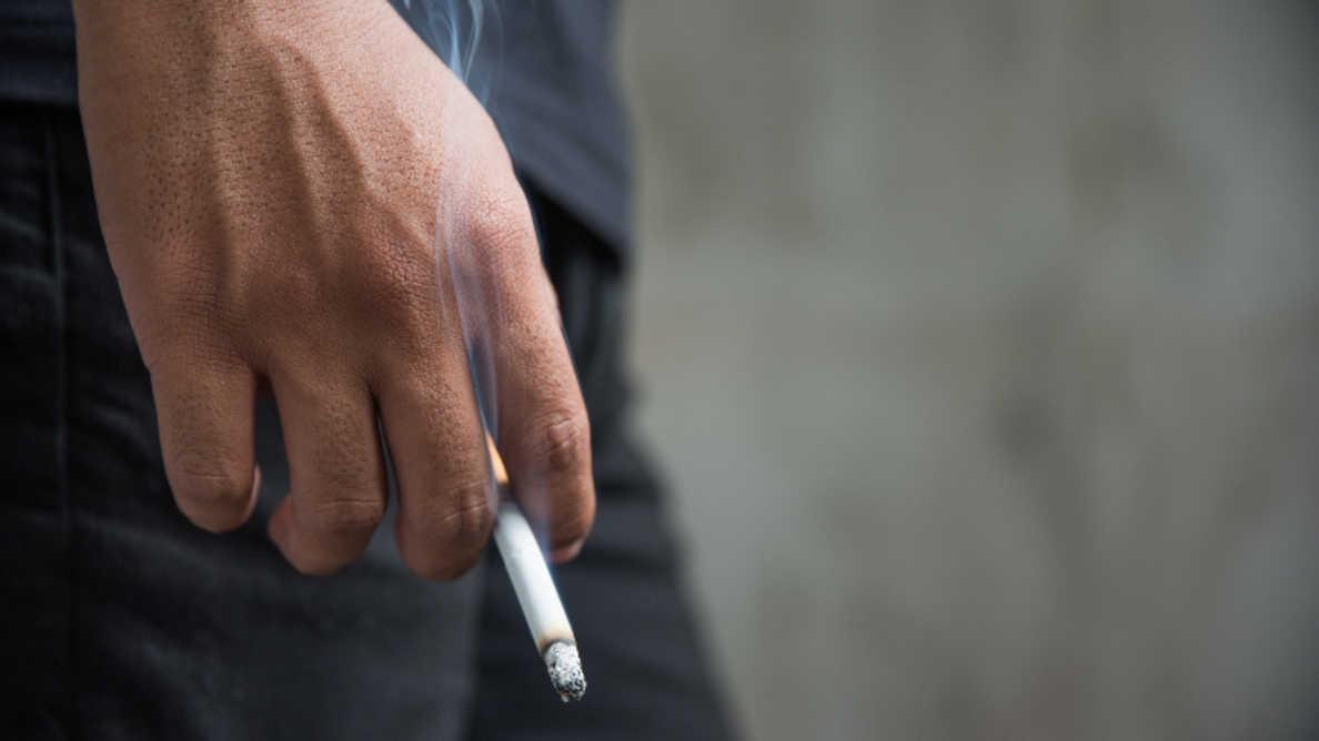 Курение связано с формированием пародонтальных карманов